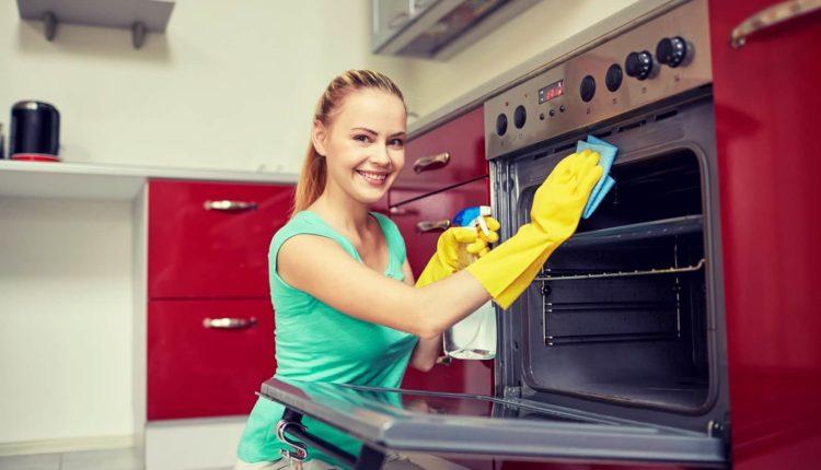 Best way to clean oven